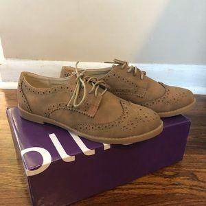 NWT OLLIO Oxford shoes